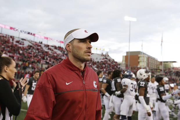 Alex Grinch, shown here during his time with Washington State in 2017, is expected to be named defensive coordinator at Oklahoma. Grinch was most recently co-defensive coordinator at Ohio State. [AP PHOTO]