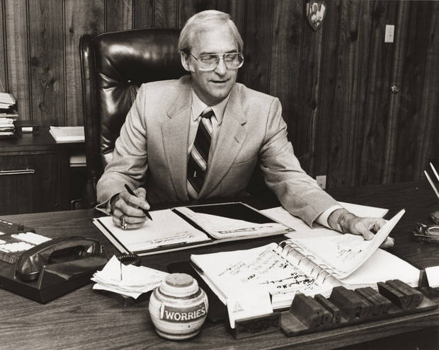 photo -  Oklahoma City businessman Bob Funk, owner of Express Personnel Services is seen in a 1983 photo. [OKLAHOMAN ARCHIVES PHOTO]