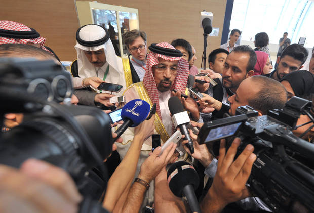 OPEC reaches preliminary accord to curb oil production
