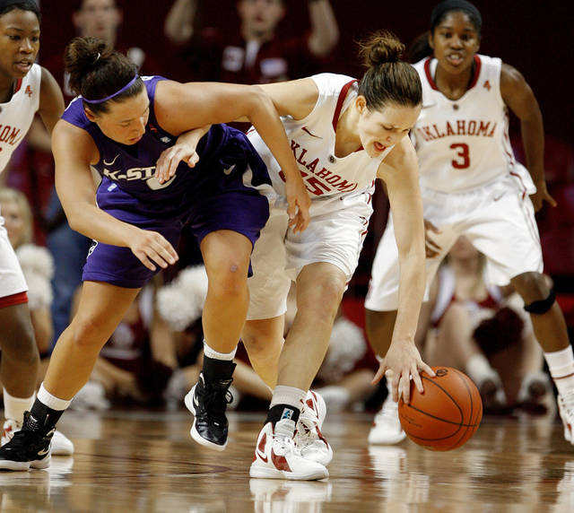 Oklahoma Sooners' Whitney Hand (25) steals the ball from Kansas State Wildcats' Brittany Chambers (left) in the final seconds of the second half as the University of Oklahoma (OU) Sooners defeat the Kansas State Wildcats 68-62 in NCAA women's college basketball at the Lloyd Noble Center on Wednesday, Feb. 15, 2012, in Norman, Okla.   Photo by Steve Sisney, The Oklahoman