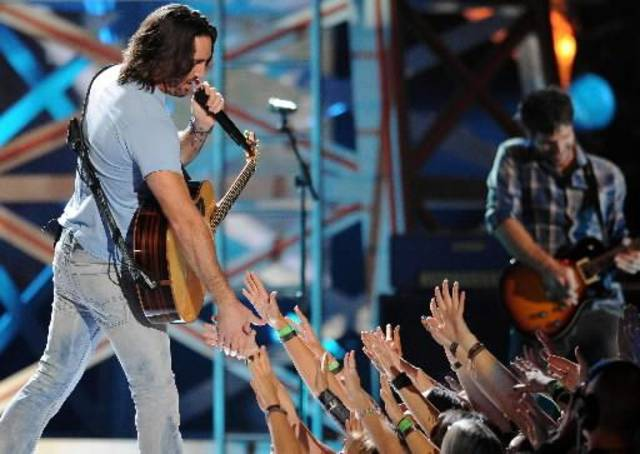 Jake Owen performs.