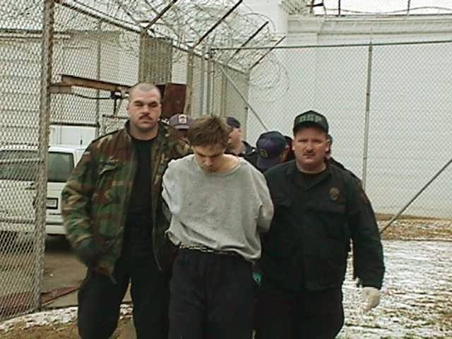 CAPTURE: JAMES ROBERT THOMAS, CAPTURED PRISON ESCAPEE