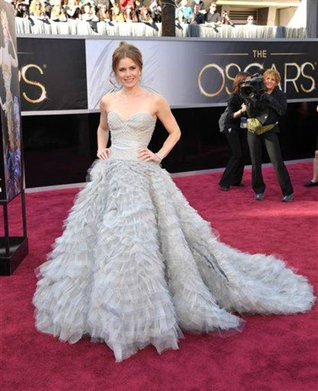 Amy Adams arrives at the 85th Academy Awards at the Dolby Theatre on Sunday Feb. 24, 2013, in Los Angeles. (Photo by John Shearer/Invision/AP)