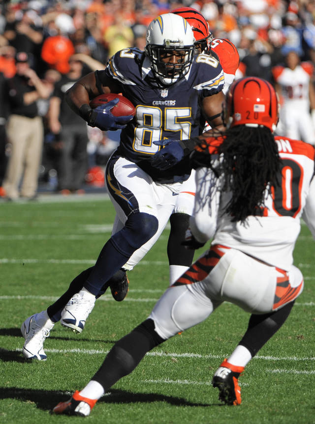 San Diego Chargers tight end Antonio Gates (85) runs upfield against the Cincinnati Bengals during the first half of an NFL football game, Sunday, Dec. 2, 2012, in San Diego. (AP Photo/Denis Poroy)