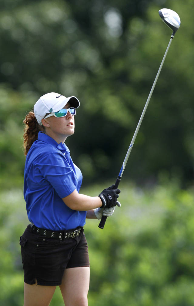 GIRLS HIGH SCHOOL GOLF / STATE TOURNAMENT: Beaily Glenn, Pryor High School, uses a driver on the #11 tee box during Girls Class 5A State Golf Tournament at  Lincoln Park Golf Course on Wednesday, May 2,  2012.    Photo by Jim Beckel, The Oklahoman