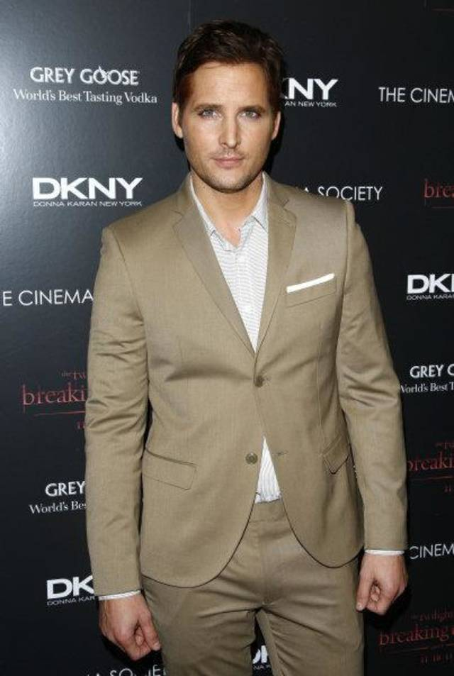 "Actor Peter Facinelli attends the Cinema Society premiere of ""The Twilight Saga: Breaking Dawn-Part 1"" on Wednesday, Nov. 16, 2011 in his native New York. (AP Photo/Peter Kramer) <strong>Peter Kramer - AP</strong>"