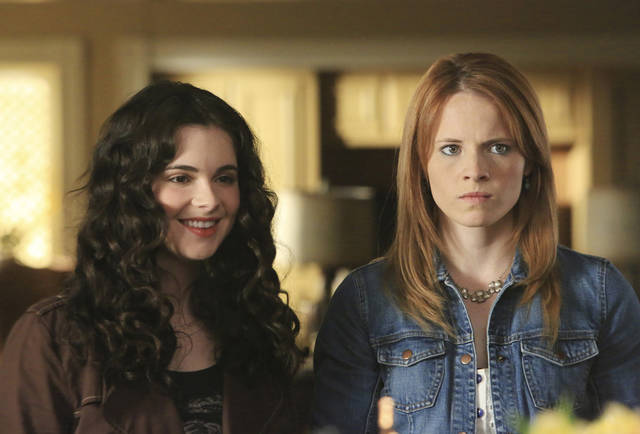 "SWITCHED AT BIRTH - ""The Intruder"" - Regina's actions rock both families. John's baseball record is in danger of being beaten. Daphne and Emmett decide to enter their zombie film in a horror film festival. Emmett has a run-in with Toby. Meanwhile, Bay meets another street artist, on an all new episode of ""Switched at Birth"" on ABC Family, airing Monday, September 10th at 8:00PM ET/PT. (ABC FAMILY/DANNY FELD) VANESSA MARANO, KATIE LECLERC"