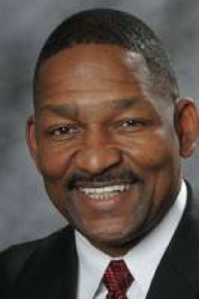 Iowa State running backs coach Kenith Pope played for Barry Switzer at Oklahoma.