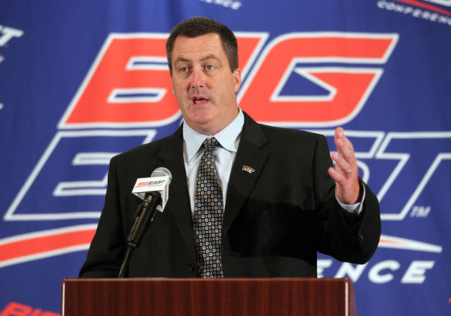 Pittsburgh head football coach Paul Chryst speaks with the media during the Big East Conference NCAA college football media day, Tuesday, July 31, 2012, Newport, R.I. (AP Photo/Stew Milne)