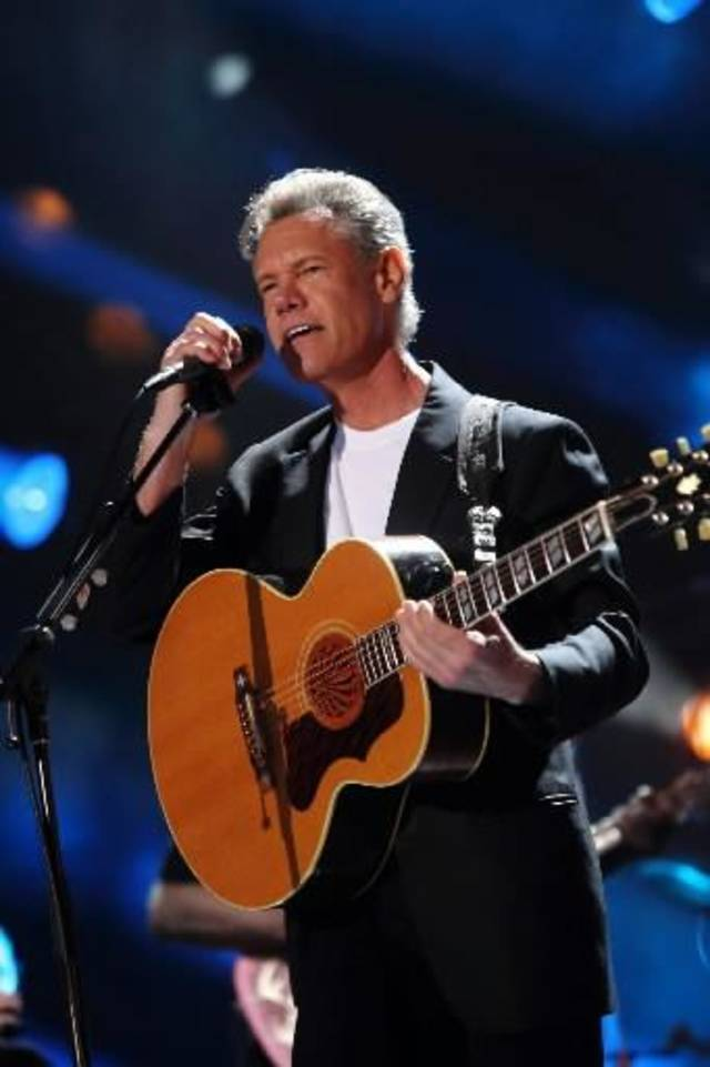 Randy Travis is suffering from congestive heart failure, doctors say.