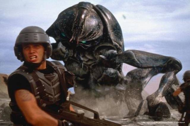 "Casper Van Dien appears in the 1997 sci-fi action movie ""Starship Troopers,"" which will given wisecracking commentary during Thursday's live theater event ""Rifftrax Live: Starship Troopers."""