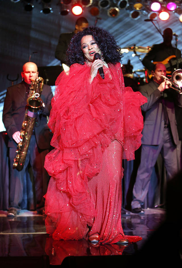 Diana Ross.  PHOTOS BY STEVE SISNEY, THE OKLAHOMAN