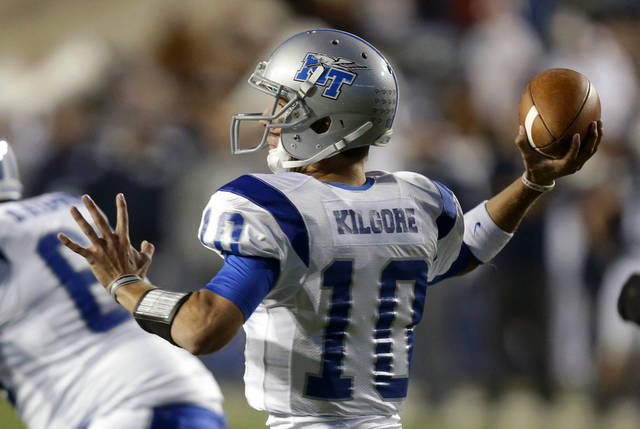 Middle Tennessee quarterback Logan Kilgore (10) passes the against Brigham Young in the first quarter during an NCAA college football game on Friday, Sept. 27, 2013, in Provo, Utah. (AP Photo/Rick Bowmer)