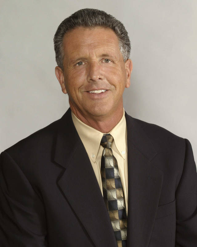 Bill Land, sports broadcaster