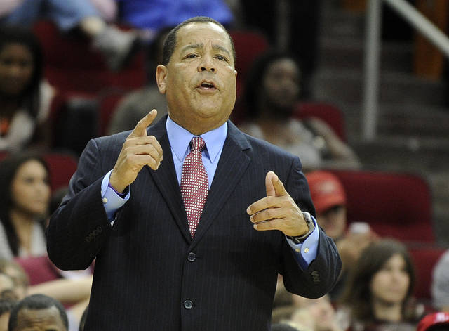 Former Oklahoma coach Kelvin Sampson will take leave from the Houston Rockets after the death of his father Tuesday. (AP Photo/Pat Sullivan)