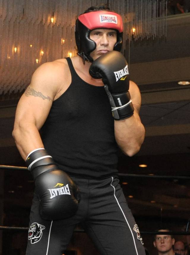 FILE - In this Nov. 6, 2009 file photo, Jose Canseco prepares during a Celebrity Boxing Federation match in Springfield, Mass. Canseco is scheduled to fight former baseball player Lenny Dykstra in a celebrity boxing match Saturday, Nov. 5, 2011, at the Avalon Hollywood in Hollywood, Calif. (AP Photo/Jessica Hill, File)