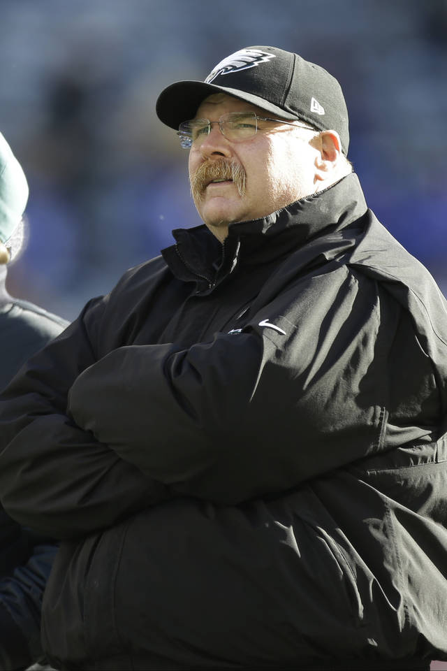 Philadelphia Eagles head coach Andy Reid watches his team warm up before an NFL football game against the New York Giants, Sunday, Dec. 30, 2012 in East Rutherford, N.J. (AP Photo/Kathy Willens)