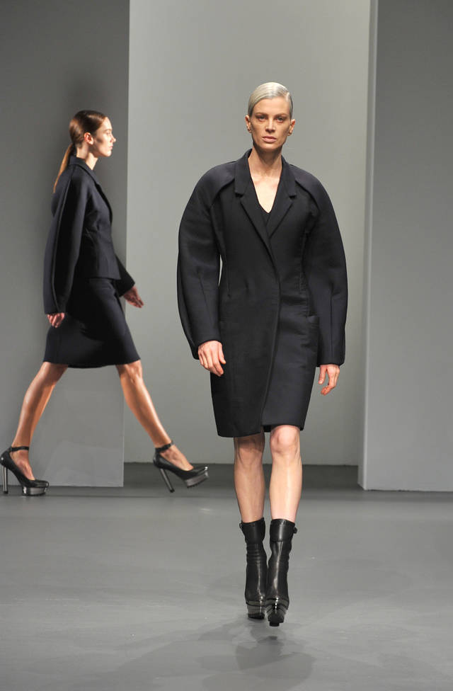 The Calvin Klein fall 2010 collection is modeled Thursday, February 18, 2010, during Fashion Week in New York. (AP Photo/Diane Bondareff) ORG XMIT: NYDB101