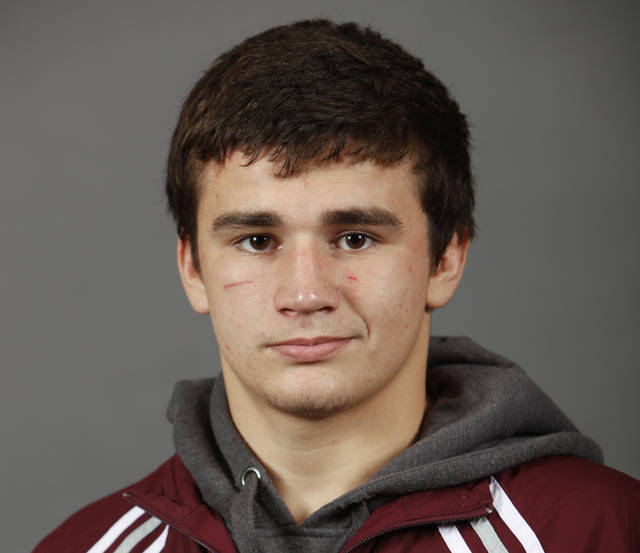 Edmond Memorial wrestler Alec Warren.  Photo by Bryan Terry, The Oklahoman Archives