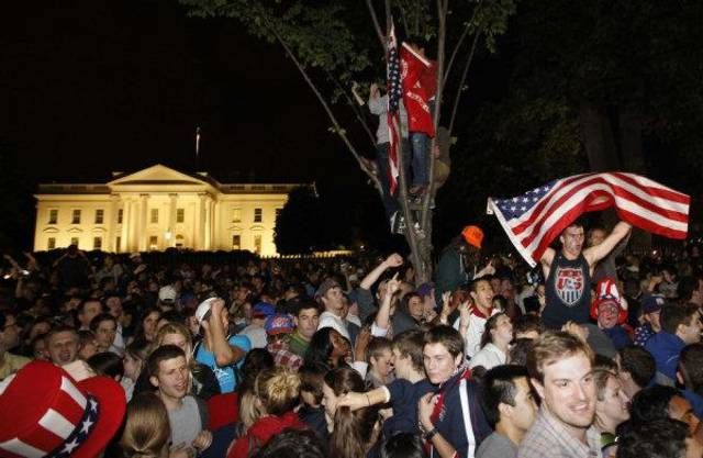 Crowds gathers outside the White House in Washington early May 2 to celebrate after President Barack Obama announced the death of Osama bin Laden. AP PHOTOS2011