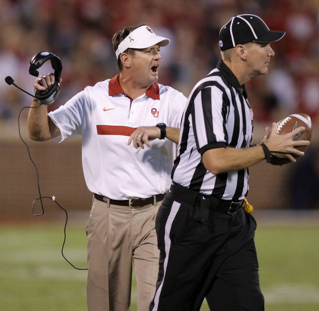 Oklahoma coach Bob Stoops reacts during the college football game between the University of Oklahoma Sooners (OU) and the University of Missouri Tigers (MU) at the Gaylord Family-Memorial Stadium on Saturday, Sept. 24, 2011, in Norman, Okla. Photo by Bryan Terry, The Oklahoman