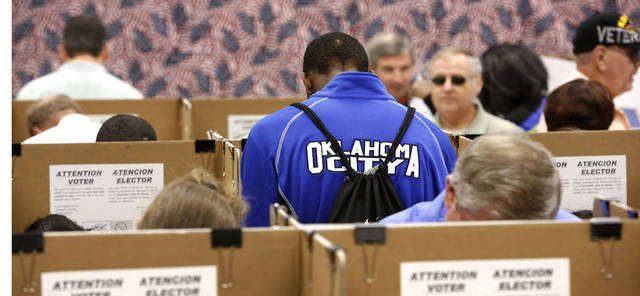 Early voters inside the Oklahoma County Election Board on N. Lincoln Blvd,  Monday afternoon, Nov. 5, 2012.    Photo by Jim Beckel, The Oklahoman