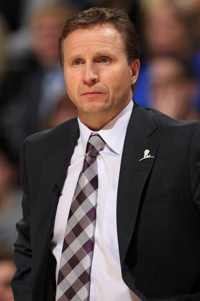 Oklahoma City Thunder coach Scott Brooks