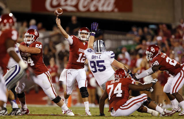 Sooner quarterback Landry Jones throws during a college football game between the University of Oklahoma Sooners (OU) and the Kansas State University Wildcats (KSU) at Gaylord Family-Oklahoma Memorial Stadium, Saturday, September 22, 2012. Photo by Steve Sisney, The Oklahoman