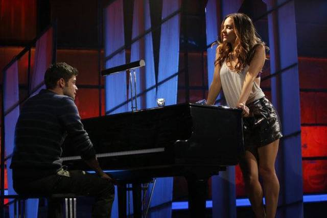 """SMASH -- """"The Producers"""" Episode 213 -- Pictured: (l-r) Jeremy Jordan as Jimmy Collins, Katharine McPhee as Karen Cartwright -- (Photo by: Will Hart/NBC)"""