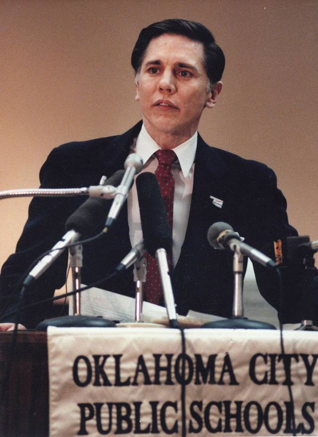 Arthur Stellar  1985-92; took a superintendent job in an Atlanta suburb amid lawsuits and controversy that he bilked Oklahoma City Public Schools out of thousands of dollars in unpaid sick leave.