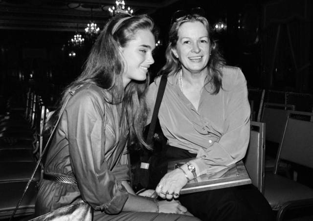FILE - This 1980 file photo shows actress and model Brooke Shields, left, with her mother Teri Shields. Teri Shields, who launched daughter Brooke�s on-camera career when she was a baby and managed the young star into her 20s, died last week in New York City. Jill Fritzo, a spokeswoman for Brooke Shields, confirmed the death on Tuesday, Nov. 6, 2012. The New York Times reports that the elder Shields died following a long illness related to dementia. She was 79. (AP Photo, file)