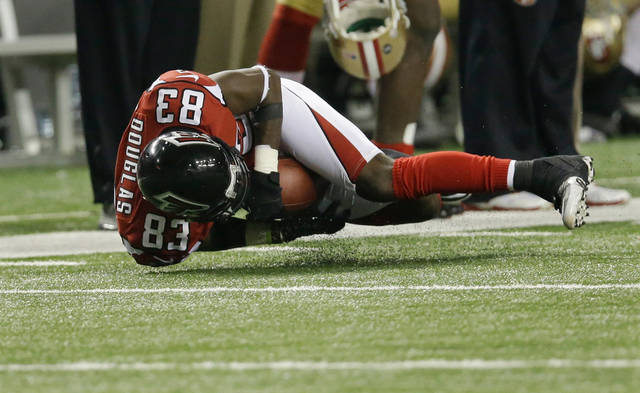 Atlanta Falcons' Harry Douglas makes a catch during the second half of the NFL football NFC Championship game against the San Francisco 49ers Sunday, Jan. 20, 2013, in Atlanta. (AP Photo/John Bazemore)