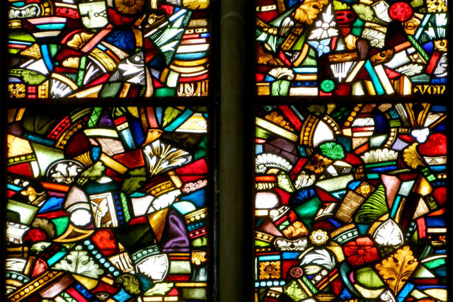 At Preachers' Church, the colorful stained-glass windows shattered during World War II have been beautifully salvaged. (Photo by Rick Steves)