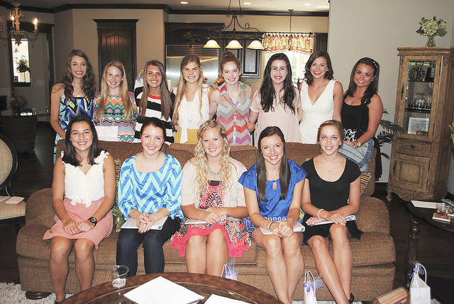 Rachael McKean, Sydney Graham, Mollie Sayre, Shelby Simons, Christine Forsythe, seated, and Lauren Locke, Mollie Feigel, Dani Adler, Olivia Kushnir, Jamee Barwick, Molly Ellisor, Caroline Geurin, Meredith Scott, back. PHOTO PROVIDED