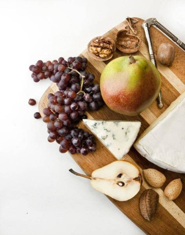This Thanksgiving, save yourself some prep-time and for dessert three days before choose several almost ripe pears and then on Thanksgiving, arrange on a platter with cheese and nuts. (Bill Hogan/Chicago Tribune/MCT) <strong>Bill Hogan - MCT</strong>