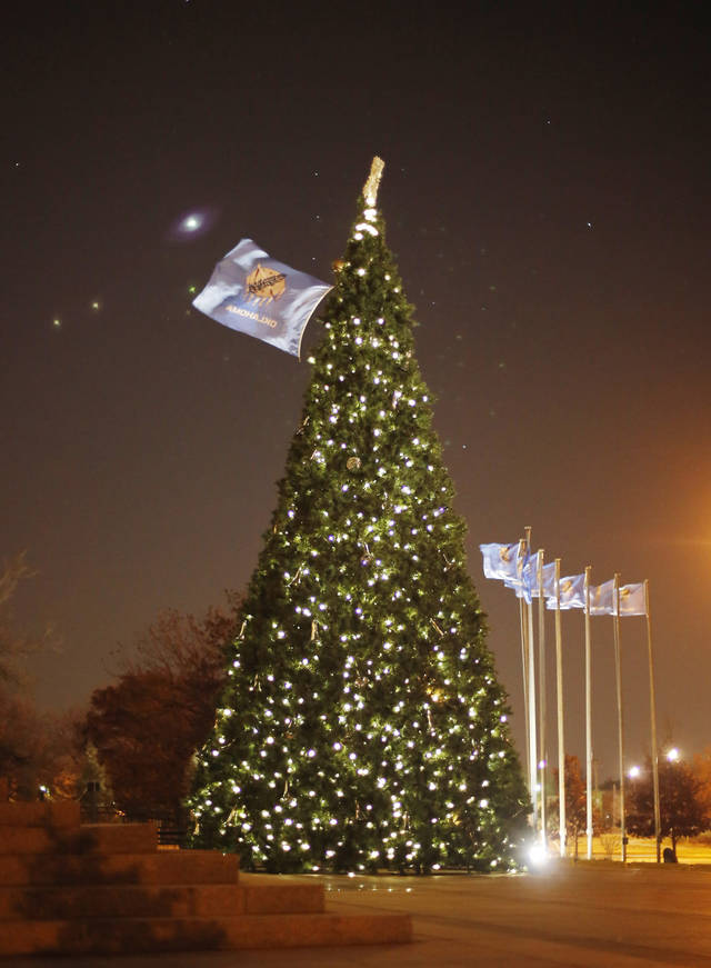 The Oklahoma state Christmas Tree Thursday, November 29, 2012. Photo by Doug Hoke, The Oklahoman