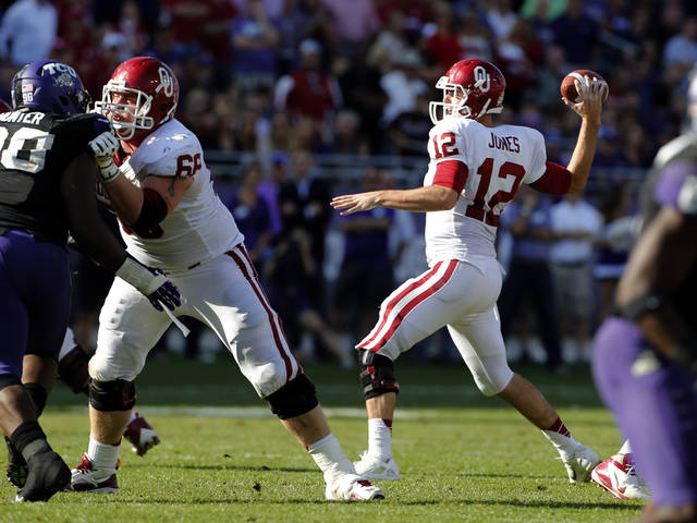 Oklahoma's Landry Jones (12) throws during the second half of the college football game where the University of Oklahoma Sooners (OU) defeated the Texas Christian University Horned Frogs (TCU) 24-17 at Amon G. Carter Stadium in Fort Worth, Texas, on Saturday, Dec. 1, 2012. Photo by Steve Sisney, The Oklahoman
