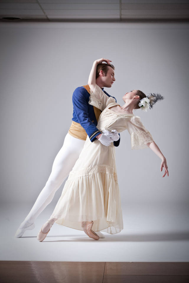 Oklahoma City Ballet members Ryan Piper and Carissa Churchill. SIMON HURST PHTOGRAPHY <strong></strong>
