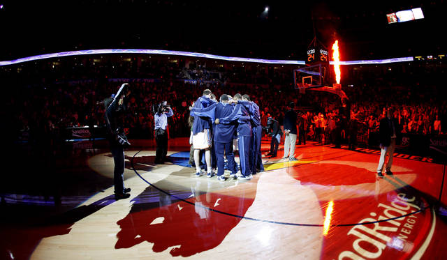 The Oklahoma City Thunder gather before the NBA basketball game between the Oklahoma City Thunder and the Washington Wizards at the Ford Center in Oklahoma City, Wed., March 4, 2009. PHOTO BY BRYAN TERRY, THE OKLAHOMAN