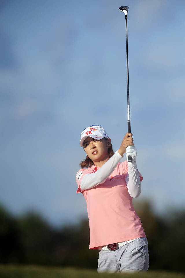 Na Yeon Choi, of South Korea, fires from the fairway on the 18th hole during the LPGA Titleholders golf tournament, Saturday, Nov. 17, 2012, in Naples, Fla. (AP Photo/Naples Daily News, Corey Perrine) FORT MYERS OUT.