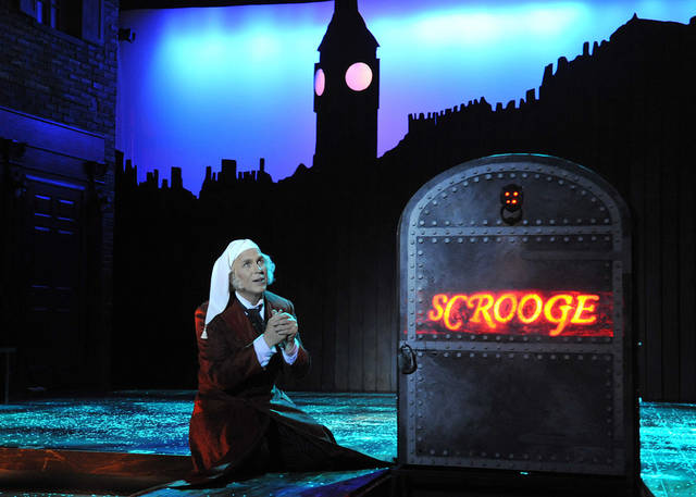 "Jonathan Beck Reed as Ebenezer Scrooge in Lyric at the Plaza production of ""A Christmas Carol.""   Photo by Wendy Mutz <strong>WENDYMUTZ</strong>"