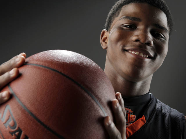 HIGH SCHOOL BASKETBALL: Stephen Clark of Douglass High School, Little All-City boys basketball player of the year, poses for a photo in the OPUBCO studio, Thursday, April 1, 2010. Photo by Nate Billings, The Oklahoman ORG XMIT: KOD