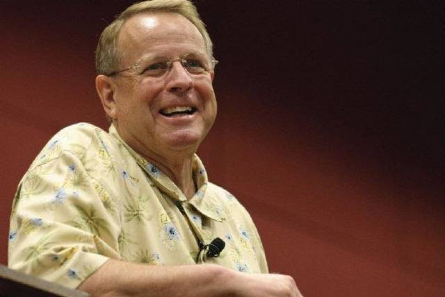 Former Oklahoma pastor Tom Elliff was elected president of the Southern Baptist Convention's International Mission Board today. <strong></strong>