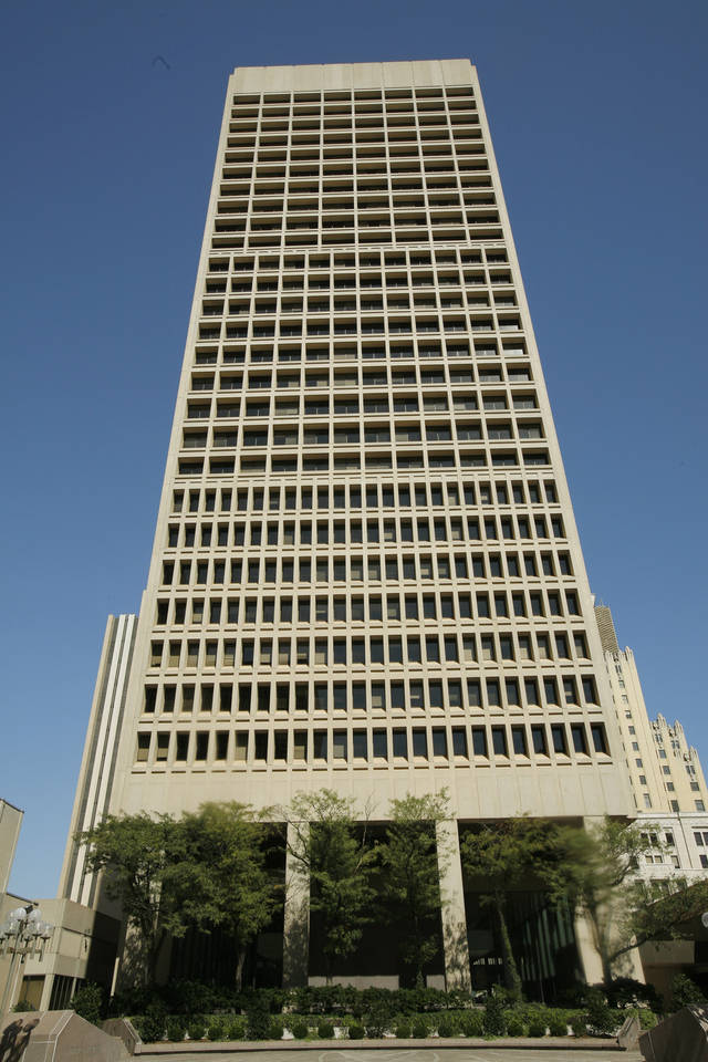 Sandridge Energy Building is at 123 Robert S. Kerr Ave. in Oklahoma City.  PHOTO BY DOUG HOKE,  THE OKLAHOMAN ARCHIVES