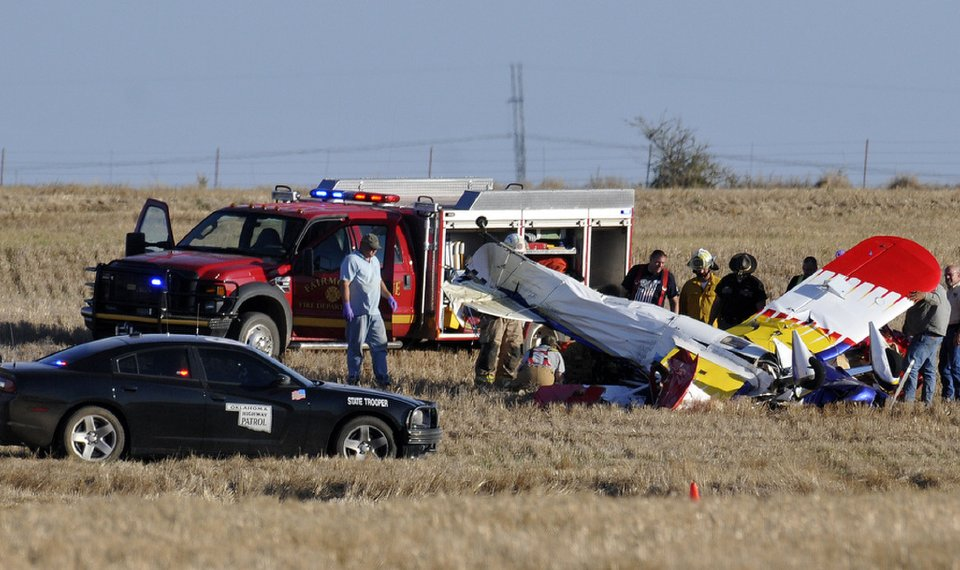 Vance Air Force Base airman and Owasso man die in plane crash