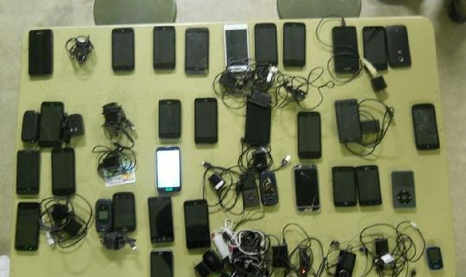 Prison Officials Reach Out To Hang Up On Cellphones For Inmates