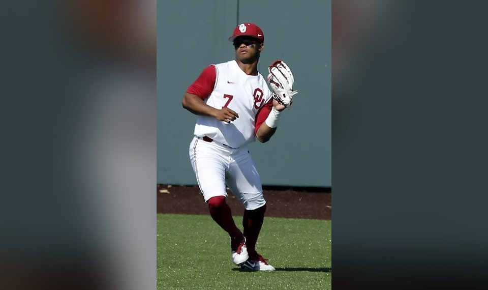best sneakers 97261 6314e MLB Draft notebook: Kyler Murray reportedly reaches deal ...