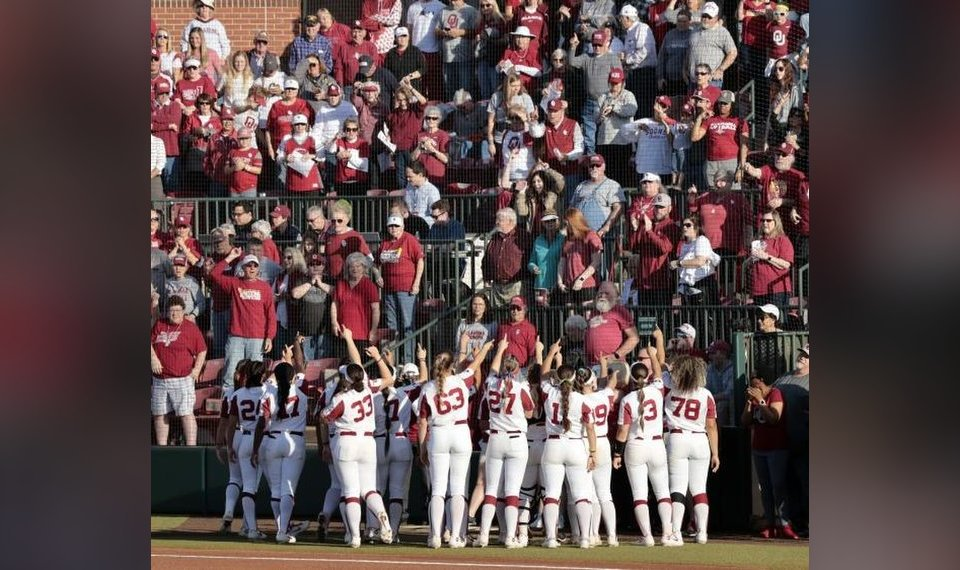 22f73d135a21 College softball  Oklahoma building strong case for greatest Sooner team  ever