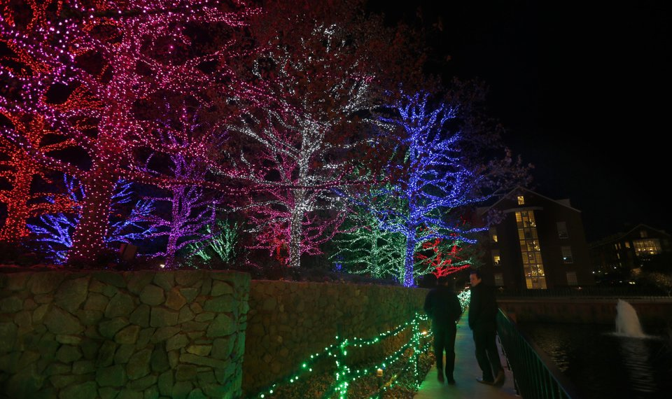 Chesapeake Energy Bends Light For Christmas In Oklahoma City