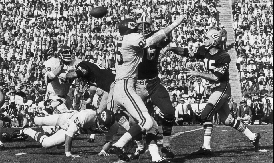 Packers Head For Super Bowl In Blur Of >> Bart Starr Qb Who Led Packers To Greatness Dies At 85